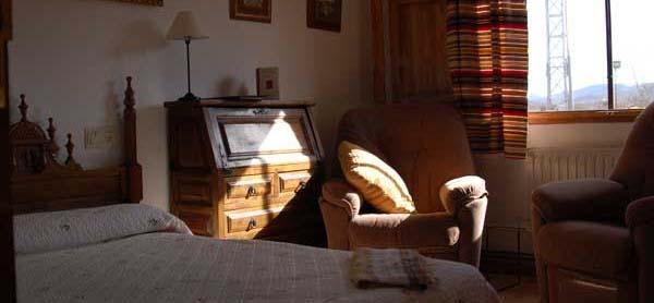 hotel familiar capacidad para 18 personas en Navas de Estena, Ciudad Real, Parque Nacional de Cabañeros, cerca de Toledo y Madrid